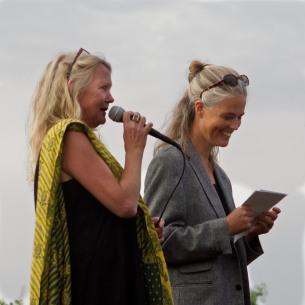 Förläggare Kate Larson introducerar debutanten